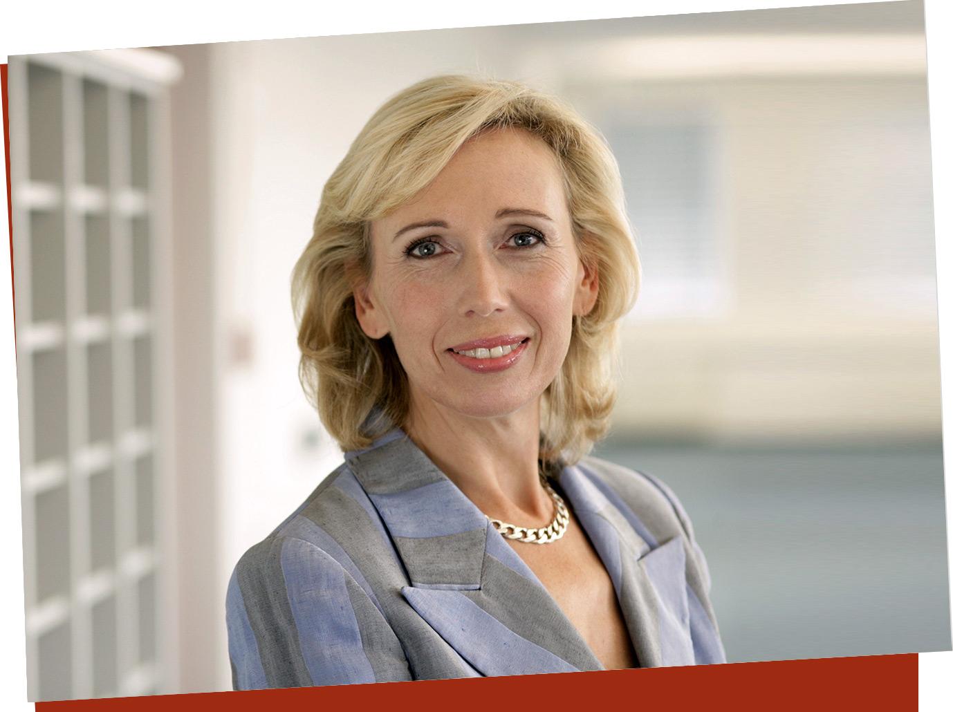 Dr. Petra Siedenhans, Geschäftsführerin EOS Serviceline, seit 14 Jahren bei EOS, seit 20 Jahren im Call Center-Geschäft.