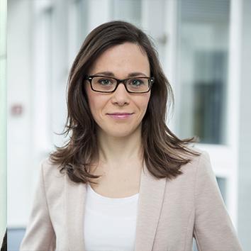 Anna-Lena Esch, Recruiterin